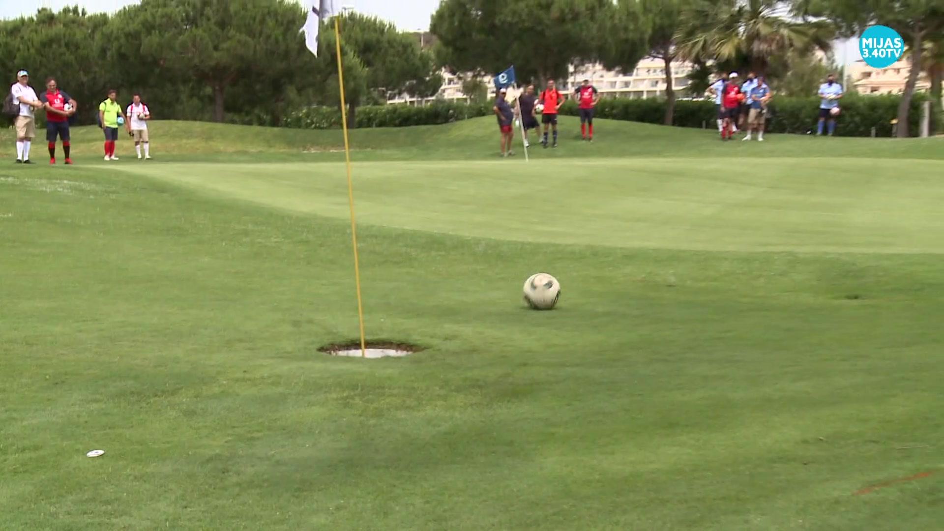 Más de 100 jugadores en el máster de footgolf organizado por el club Cala de Mijas