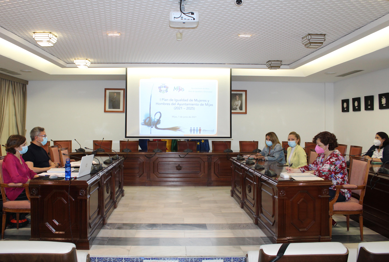El Plan de Igualdad del consistorio culmina la fase de estudio de la situación