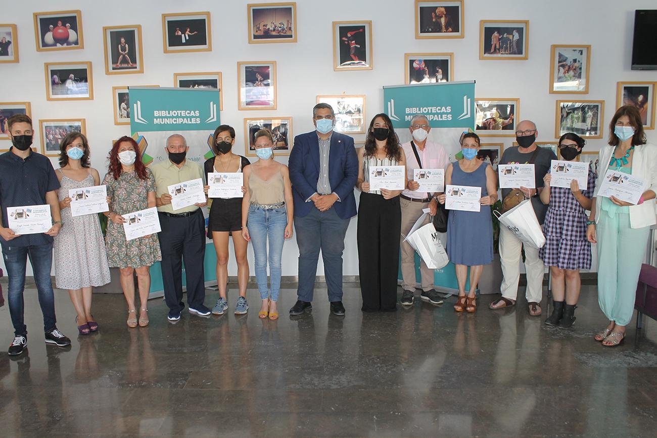 Bibliotecas entrega los premios del concurso de microrrelatos 'Letras desde mis vivencias'