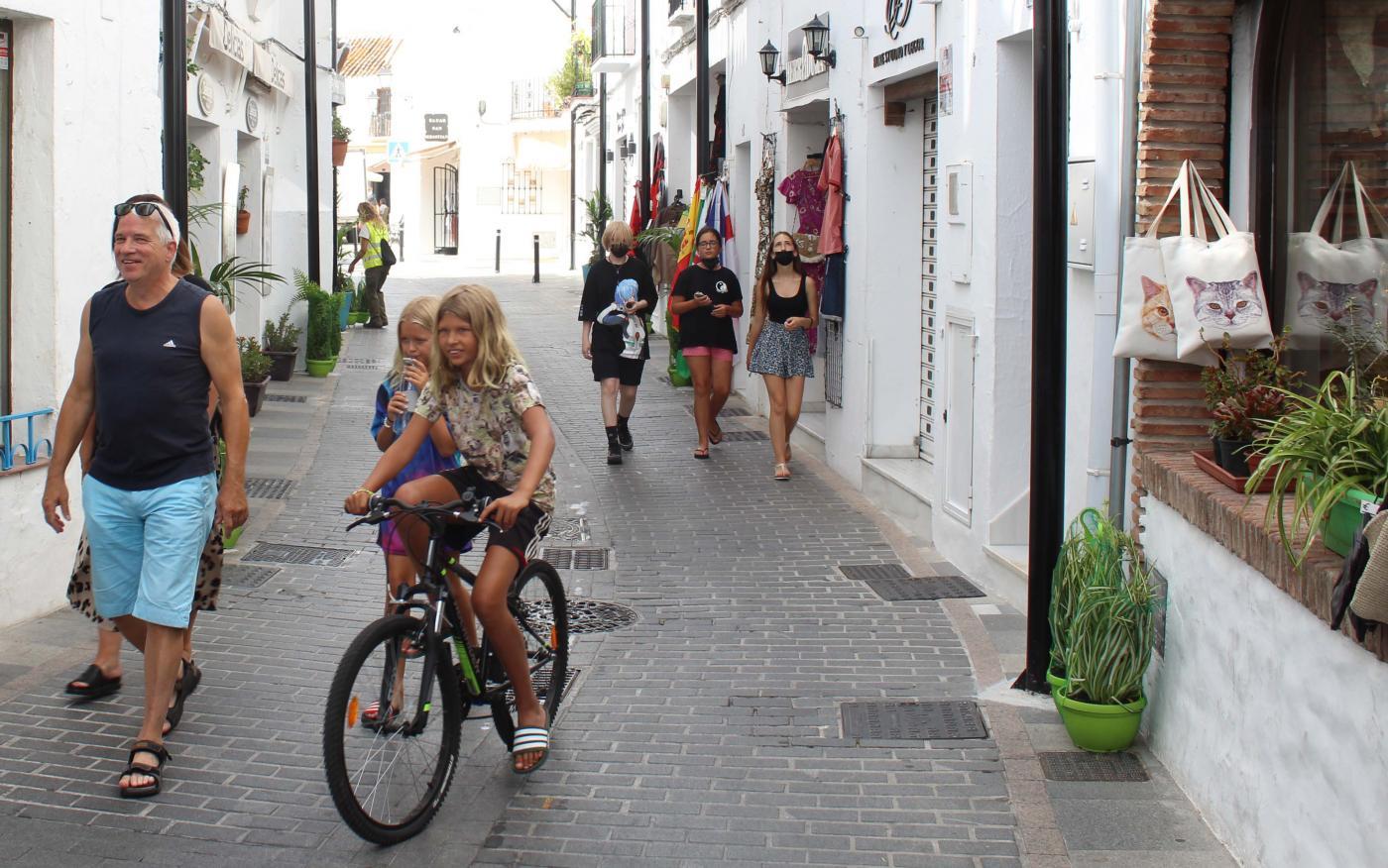 La calle Málaga de Mijas Pueblo será peatonal por las tardes a partir del viernes 23