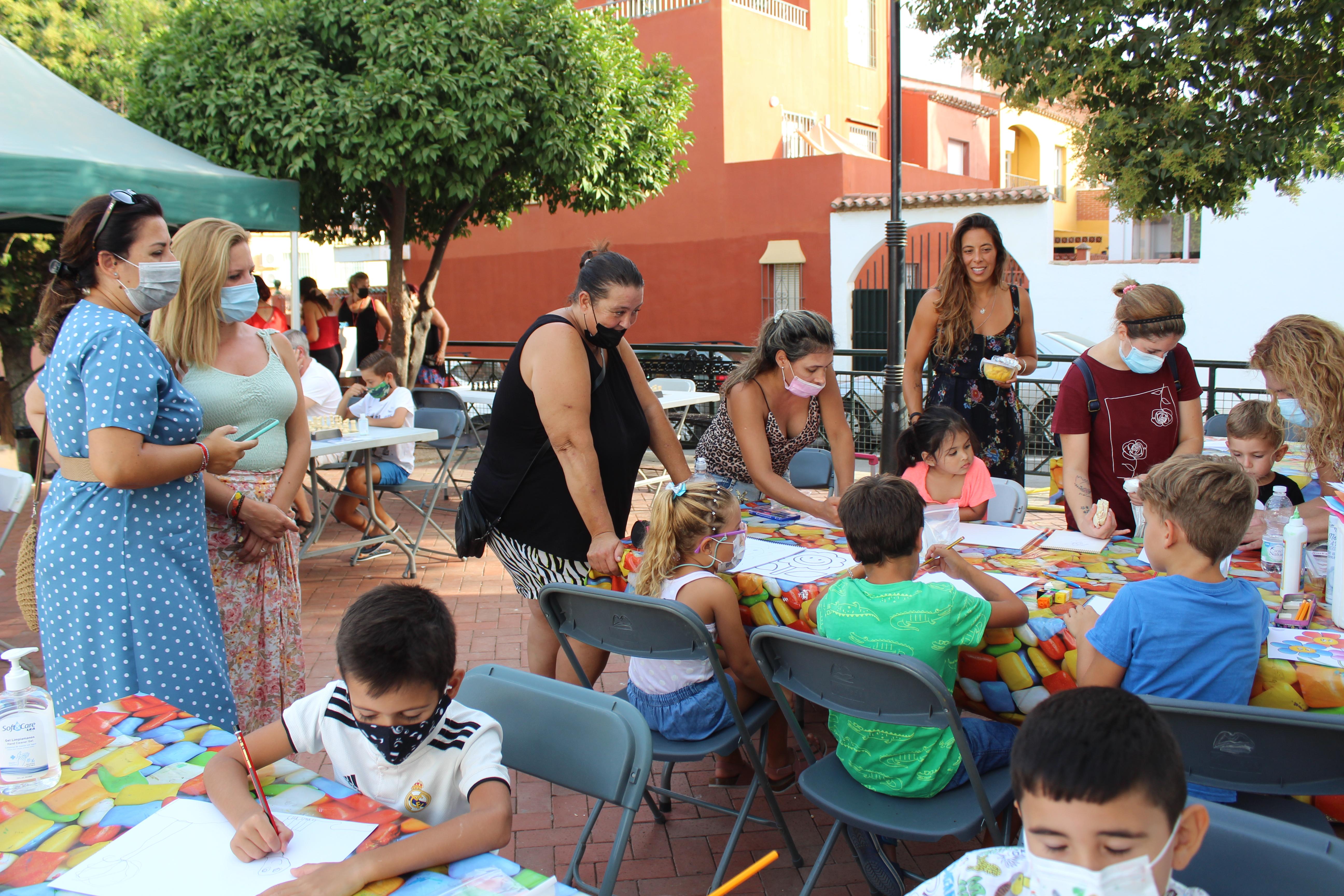 Reencuentro con socios y vecinos en Doña Ermita