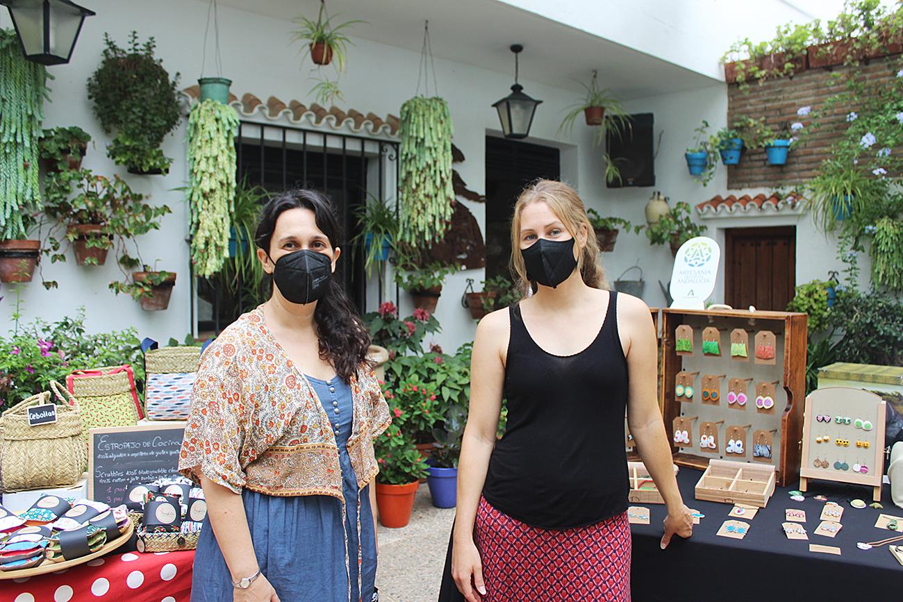 Laura Benavides y Sonia Lekuona muestran sus trabajos en 'Escaparate de creaciones'