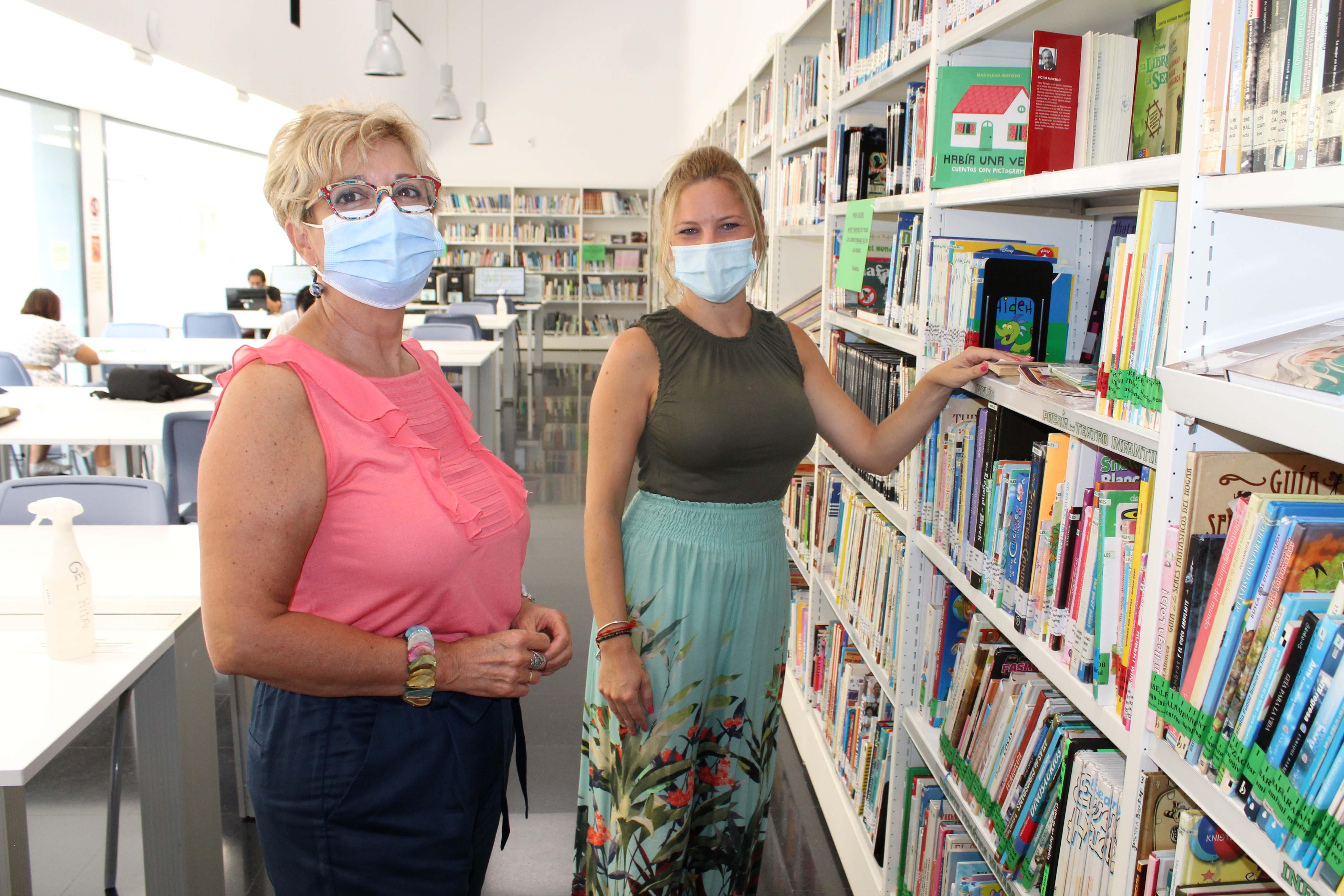 Las bibliotecas de Mijas retiran los precintos de sus estanterías