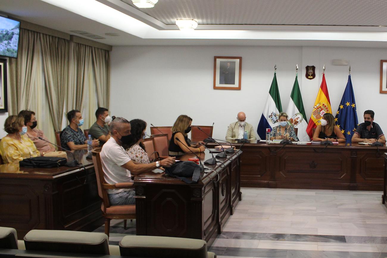 Participación Ciudadana presenta un diagnóstico de Mijas Pueblo a la Junta Vecinal