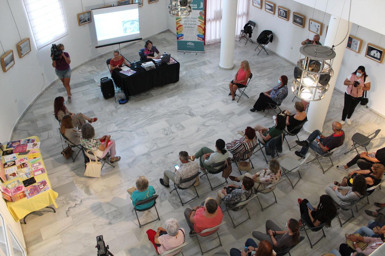 Mijas acoge el Día de las Escritoras en una jornada cargada de mujeres, historia y letras