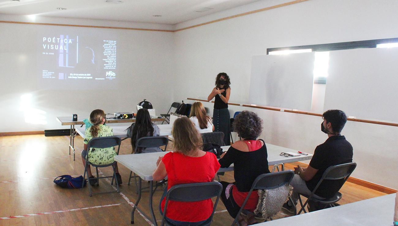 Arranca una nueva edición del ciclo 'Mijas, un pueblo de cine' con un taller sobre poética
